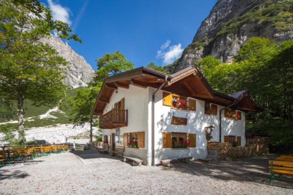 Rifugio Croz dell'Altissimo Dolomiti di Brenta